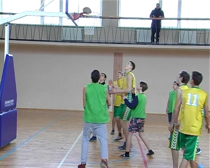 В Полоцке проходит Первенство по баскетболу среди учебных заведений