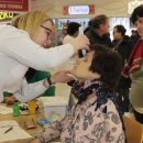 Полоцкие медики предложили мини-медосмотр посетителям «Манежа»