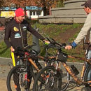 Двое петербуржцев отправились в кругосветку на бамбуковых велосипедах. Заехали и в Полоцк